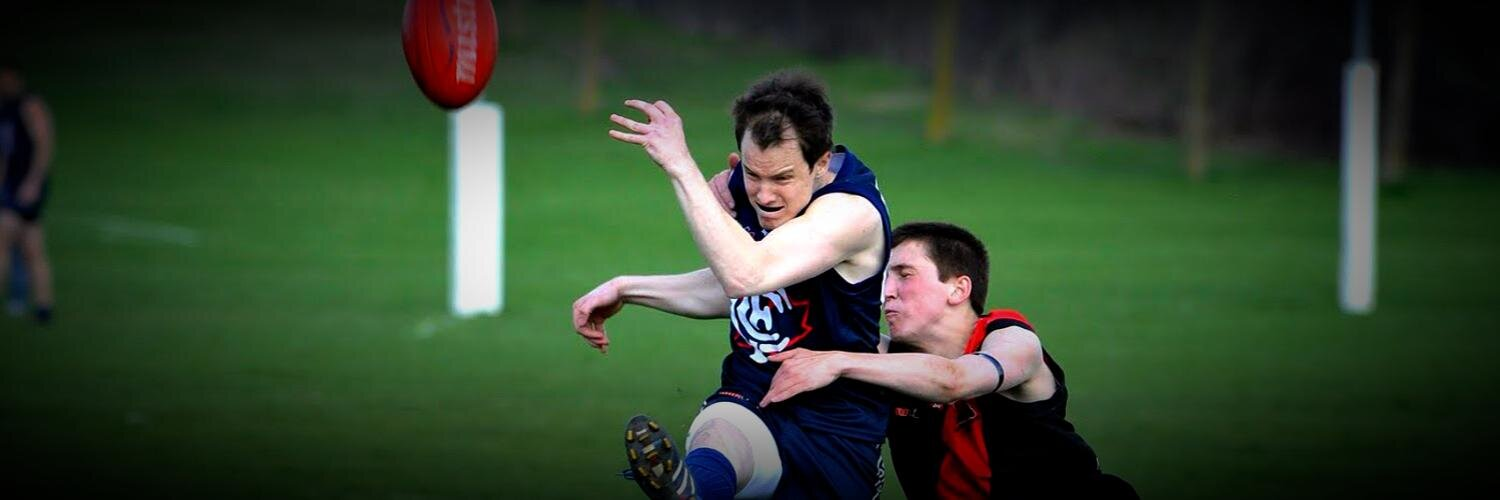 OAFL Round 1: James Duggan tackles Derek MacDonald